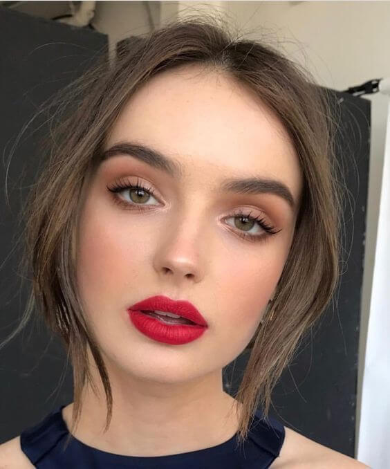 20 Gorgeous Christmas Makeup Ideas