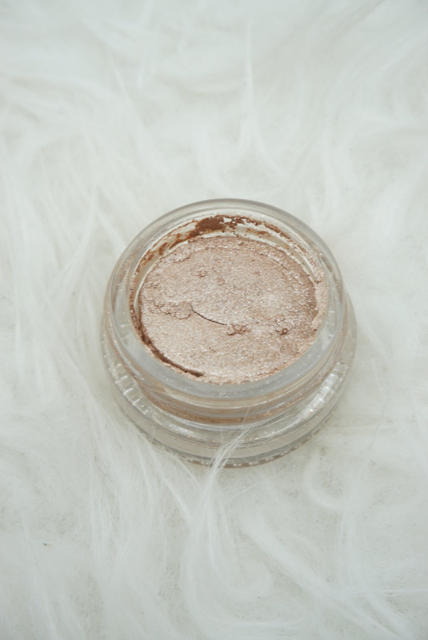 LORAC Cosmetics Créme Eyeshadow in Lace