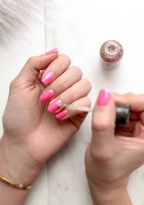 20 Amazing Nail Colors for Winter