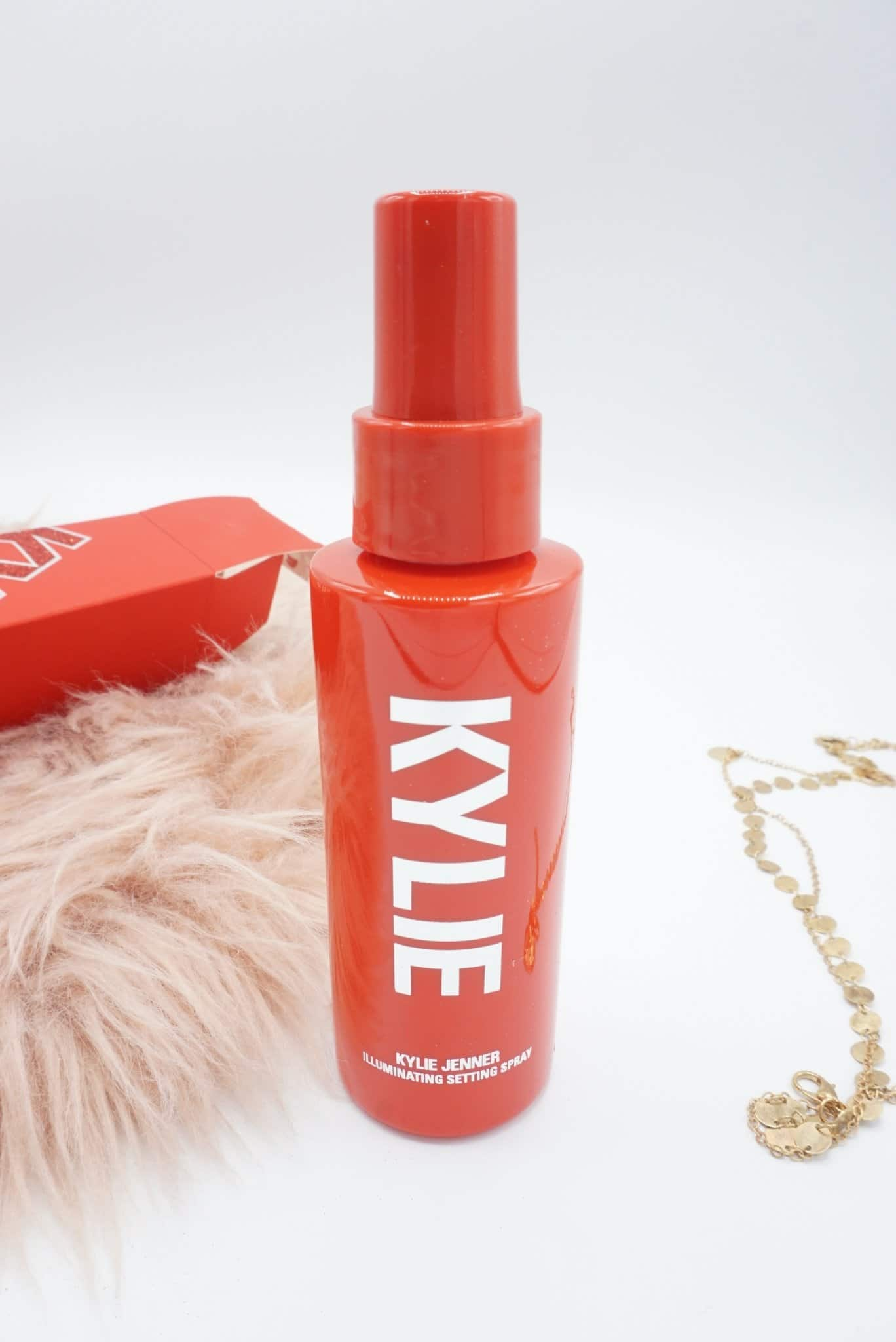 Christmassy Kylie Cosmetics Holiday 2019 Collection Review ⋆ Beautymone