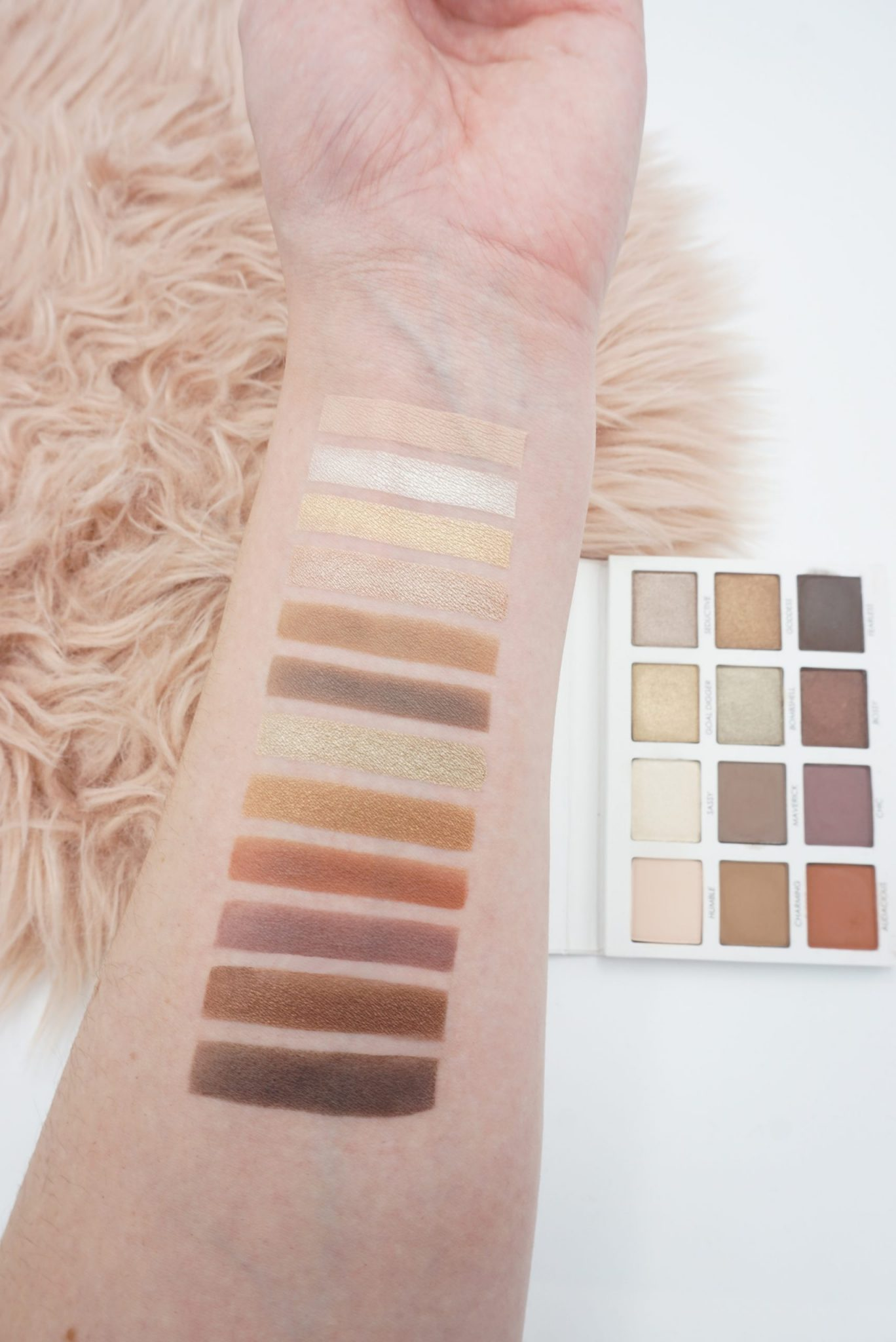 Transform into a Beautiful Parisian with the Persona Cosmetics Identity Palette ⋆ Beautymone