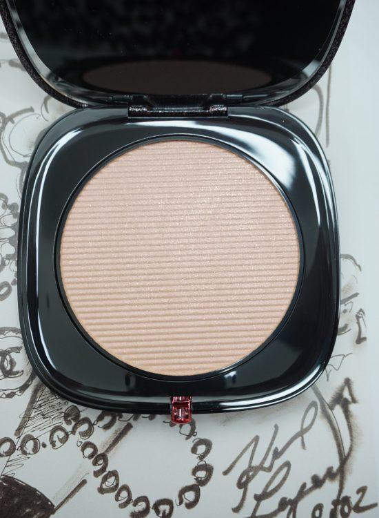 Beautiful Marc Jacobs Beauty O!Mega Glaze Foil Luminizer Review