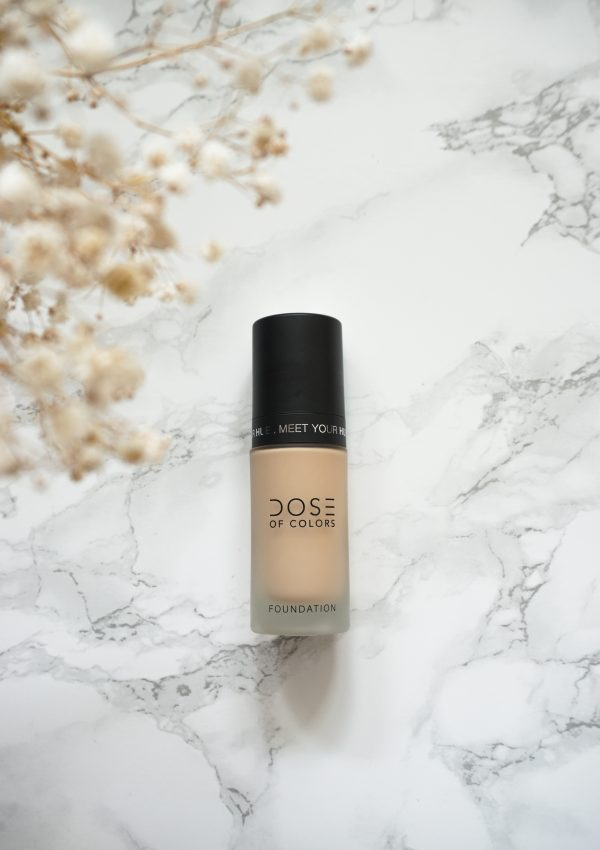MEDIUM TO FULL COVERAGE MEET YOUR HUE DOSE OF COLORS FOUNDATION REVIEW