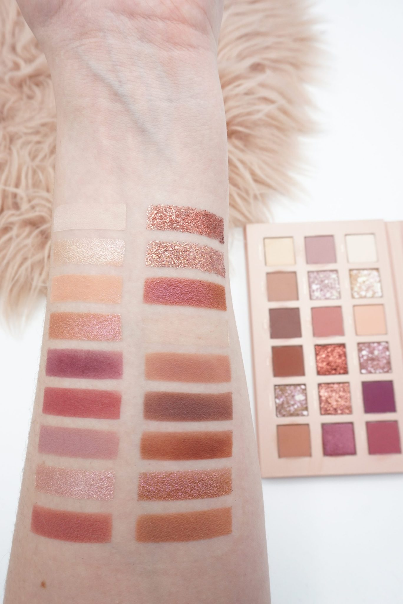 Aesthetically Pleasing Huda Beauty New Nude Palette Review ⋆ Beautymone