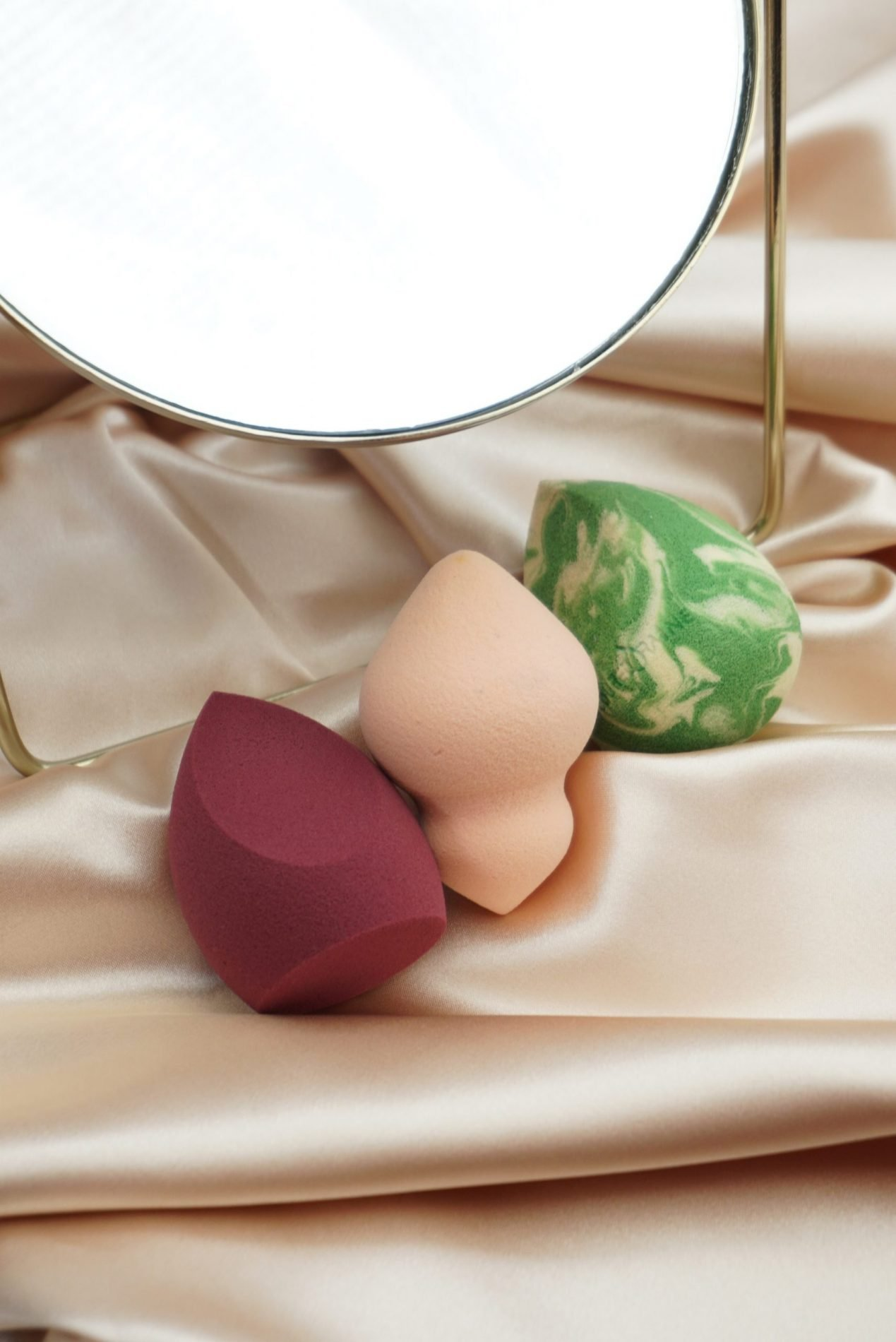 4 Tips On How To Clean Beauty Blenders Quick And Easily